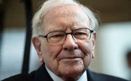 Warren Buffett chỉ ra sai lầm mà phần lớn chúng ta đều mắc phải khi dạy trẻ con về giá trị và đồng tiền