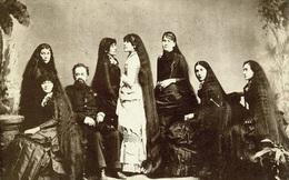 Bi kịch của 7 chị em tạo nên xu hướng tóc dài ở Mỹ và làm ra khối tài sản khủng nhờ mái tóc hôi thối từng bị mọi người xa lánh