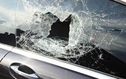"""Cậu bé cả gan ném đá vỡ kính ô tô của người lạ và cái kết gửi gắm thông điệp: """"Có tĩnh tại thì đời mới an lạc"""""""