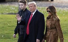 Quý tử nhà Trump xuất hiện, chiếm hết spotlight với vẻ đẹp tựa nam thần cùng chiều cao khủng khó ai sánh kịp