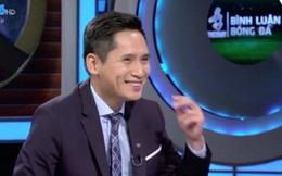 """Giữa tin đồn cấm sóng 2 tháng, BTV Quốc Khánh bất ngờ xuất hiện với thái độ lạ trong phần bình luận trận đấu """"sinh tử"""" Việt Nam - Thái Lan"""