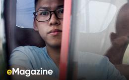 Cậu học sinh lớp 12 trong vòng 2 năm lắp ráp thành công 2 ô tô chạy bằng năng lượng mặt trời