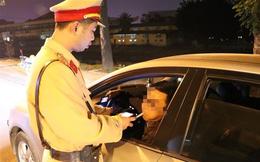 Tài xế ô tô bị phạt 35 triệu đồng, tước bằng lái gần 2 năm do có nồng độ cồn vượt quy định