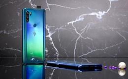 """Chính thức ra mắt Vsmart Active 3: Thiết kế """"thò thụt"""", 3 camera giống hệt Vsmart Live, chip Helio P60, giá từ 4,5 triệu đồng"""