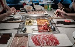 Cổ phiếu các nhà hàng lẩu đồng loạt lao dốc sau tin 9 người trong 1 gia đình nhiễm virus corona khi cùng ăn lẩu