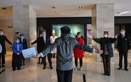 Tâm sự của một khách sạn ít ỏi còn hoạt động tại tâm dịch corona Vũ Hán: Chúng tôi không thể đóng cửa vì khách làm gì còn chỗ nào khác để đi!
