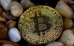 Bitcoin bùng nổ, vốn hóa thị trường tiền ảo vượt 300 tỷ USD