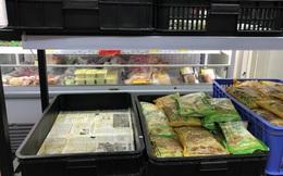 Người Hà Nội 'vét sạch' rau ở siêu thị do lo ngại virus Corona