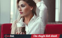 Bạn có ngạc nhiên khi nhân viên Starbucks lại đánh vần sai tên bạn: Sự vô ý hay là chiến lược marketing bí mật?