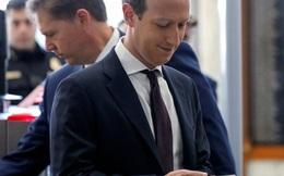 """Một ngày của Mark Zuckerberg: 8 giờ sáng ngủ dậy """"check"""" Facebook, chạy bộ, ăn gì cũng được để không mất thời gian"""
