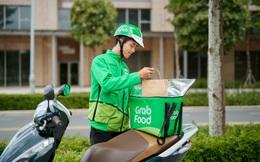 """Giữa đại dịch Covid-19, GrabFood triển khai dịch vụ """"giao hàng gián tiếp"""": Tài xế đặt đồ ăn vào nơi được chỉ định, lùi lại 2-3m và đợi khách ra nhận"""