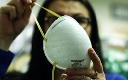 Thiếu vật tư y tế, bệnh viện ở Mỹ khử khuẩn, tái sử dụng khẩu trang N95