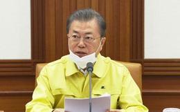 Tổng thống Hàn Quốc xin lỗi người dân, tuyên chiến với Covid-19