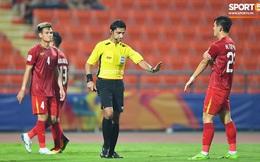Góc lý giải: Vì sao Việt Nam không được phạt đền dù cầu thủ Triều Tiên để bóng chạm tay trong khu cấm địa?
