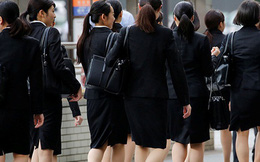 Phụ nữ Nhật Bản đau đáu lo sợ nghèo khó khi về hưu