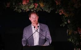 Harry lần đầu lên tiếng sau khi bị tước danh hiệu hoàng gia: Rất buồn nhưng không còn lựa chọn nào khác