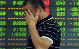 """Mở cửa trở lại sau dịp nghỉ lễ, TTCK Trung Quốc lao dốc mạnh nhất kể từ khi bong bóng chứng khoán """"nổ tung"""" hồi năm 2015"""