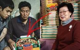 """""""Khu phố Kí Sinh Trùng"""" đời thực xúc động trước thành tựu lịch sử của Parasite: Khách đến ăn pizza còn xin tôi cái hộp làm kỉ niệm!"""
