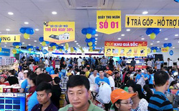 """Ai cũng nói thị trường điện thoại Việt Nam bão hoà, sao chưaai """"chết""""?"""
