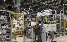 """Bloomberg: Thời điểm Trung Quốc kết thúc phép màu tăng trưởng chính là thời cơ để Việt Nam """"làm giàu"""" từ sản xuất"""