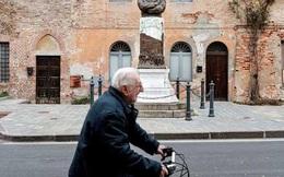 Góa phụ Italy mắc kẹt trong nhà cùng thi thể chồng nhiễm Covid-19