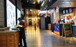 TP.HCM tạm ngừng hoạt động các rạp chiếu phim, quán bar... từ 18h hôm nay
