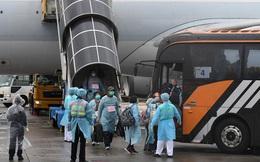 Hơn nửa tỉ đồng/vé máy bay từ châu Âu 'sơ tán' về Trung Quốc