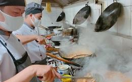 """Nhà hàng gửi 1.000 suất cơm """"nấu bằng cả tấm lòng"""" đến y, bác sĩ đang chống dịch Covid-19"""