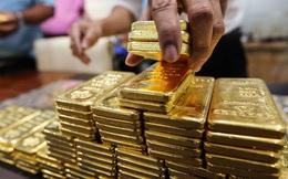 Giá vàng trong nước tăng vọt, vàng thế giới biến động chưa từng có