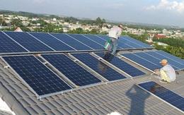 Bloomberg nhận định gì về hiện tượng 4,6GW công suất điện mặt trời mái nhà chạy đua trong 1 tuần ở Việt Nam?
