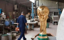 Cúp vàng của World Cup 2018 được tạo ra như thế nào?