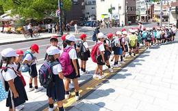 Bà mẹ người Mỹ tiết lộ lý do vì sao trẻ em Nhật không bao giờ bị bố mẹ quát mắng ở nơi công cộng