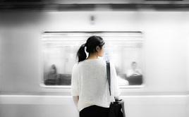 Hàn Quốc: Độc thân là xu thế, cả nền kinh tế cũng phải đi theo