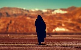 5 bài học người khôn ngoan luôn giữ kín như bưng giúp cuộc sống thuận lợi: Ngay điều đầu tiên, rất nhiều người đua nhau phạm phải...