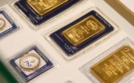 Giá vàng tiếp tục giảm sâu