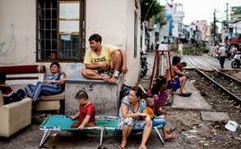 Tỷ lệ thất nghiệp của người di cư đến TP. HCM cao gấp 3 lần đến Hà Nội