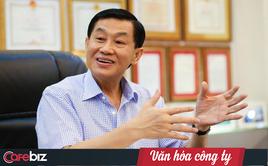 """Bí quyết giữ người của """"vua hàng hiệu"""" Hạnh Nguyễn: Lo xe hơi, cấp nhà để họ an cư, dù trả lương chỉ 5.000 USD thì họ cũng không có ý tìm việc 10.000 USD"""