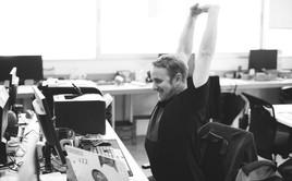 Startup tuyển dụng những nhân sự đầu tiên thế nào? Chấp nhận người kém trả lương thấp, hay tìm người tài hưởng lương cao?