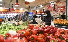 Nhiều cửa hàng, siêu thị lớn của Trung Quốc mở cửa trở lại