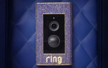 Đây là chiếc chuông cửa dành cho giới thượng lưu: Được gắn sapphire, nạm vàng và kim cương, giá hơn 2 tỷ đồng, không có tính năng chống trộm