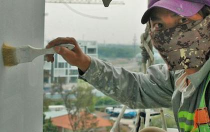 Người nhện đu sơn