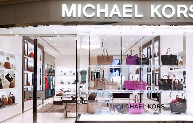 Michael Kors mua lại Jimmy Choo với giá hơn 1 tỷ USD