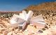 Joshua Tree Residence: ngôi nhà bằng container giữa sa mạc, nội ngoại thất đều cực kỳ ấn tượng